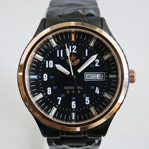 The commander's automatic wristwatch tritium gas lighted
